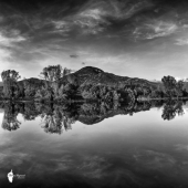 Le fleuve Liamone en miroir ©Thierry Raynaud
