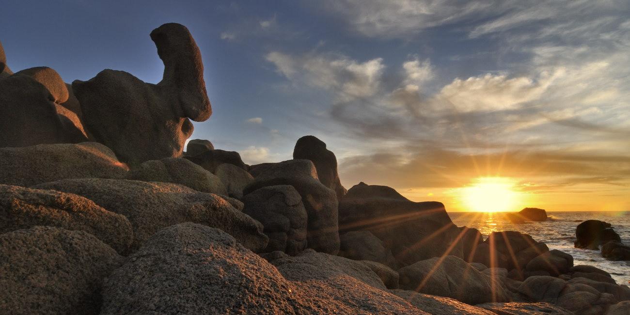Les rochers de granit de l'Isolella dans le golfe d'Ajaccio