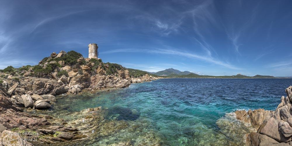 La tour Génoise d'Olmeto en Corse du Sud